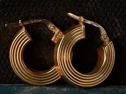 1960 s earrings 1960s 18k reeded hoop earrings erie basin