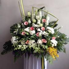 funeral flowers delivery qf1006 funeral flowers delivery