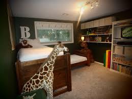 sherwin williams secret garden and navajo white green bedroom boys