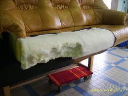 changer mousse canapé mousse et sanglage