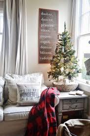 small christmas 52 small christmas tree decor ideas comfydwelling