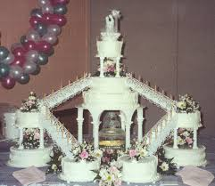 wedding cake steps wedding cake two steps best wedding cakes ideas on simple tier