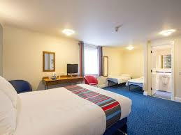 Family Room Picture Of Travelodge Snaresbrook London TripAdvisor - Travelodge london family room