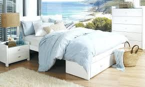 amazon com 4pc solid pine queen size bed complete queen size bedroom suite queen size bedroom set queen size bedroom