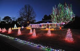 christmas lights huntsville al bret schultz s christmas lights the brightest of them all al com