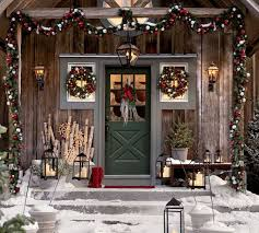 Christmas Decorating Front Entrance by Decorating Ideas For Your Front Door 2015