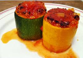 cuisiner la courgette ronde courgettes rondes farcies au quinoa et fêta envie de cuisiner