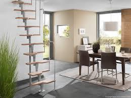 schmale treppen wohnzimmerz schmale treppe with schmale treppe zwischen den hã