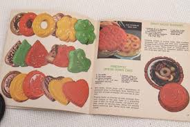 vintage nordicware cookbook ethnic u0026 holiday recipes for bundt