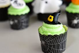 feathers u0026 figs halloween cupcakes
