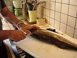 comment cuisiner un sandre découper des filets de sandres