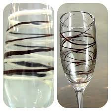 decorate your chagne flutes glass decoration with chocolate