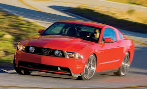 2010 ford mustang gt 2010 ford mustang gt drive review reviews car and driver
