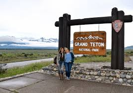 Hiking Clothes For Summer Where To Stay U0026 What To Wear In Jackson Hole Travel