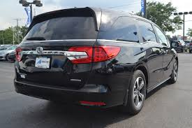 new 2018 honda odyssey touring mini van passenger near fort wayne