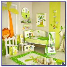décoration jungle chambre bébé chambre bebe garcon deco chambre bebe luca besancon platre