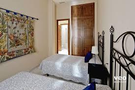 Schlafzimmer Wardrobes Apartment Mieten Betis Strasse Sevilla Spanien Betis Blue 2