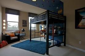 mezzanine chambre enfant le lit mezzanine règne dans la chambre d enfants