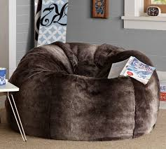 i love bean bag chairs a friend had one just like this and called