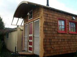 our tiny house tour of the nw cat u0027s tiny home