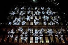 3d light show saks fifth avenue holiday light show features 3d projection
