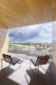 Poured Concrete Homes by Beachfront House Built With Poured Concrete To Withstand Hurricanes