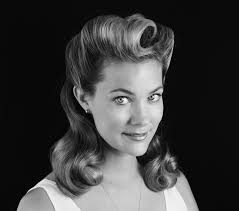 1940s bandana hairstyles get the look 1940 s hairstylists makeup and 1940s hair