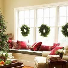 window wreaths 70 awesome christmas window décor ideas digsdigs