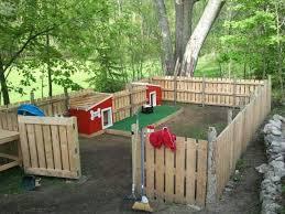 Backyard Play Area Ideas by Best 25 Backyard Dog Area Ideas On Pinterest Outdoor Dog Area