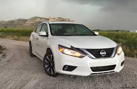 nissan altima 2016 sl road test review 2016 nissan altima sl by tim esterdahl