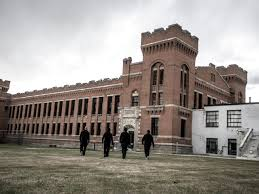 s11 02 old montana state prison ghost adventures crew