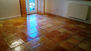 painting ceramic floor tile