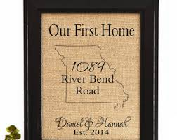 Gifts For First Apartment by 17 Best Housewarming Gifts For First Apartment Housewarming