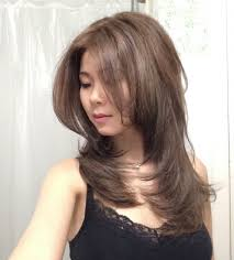 Hair Dryer Volume how to easily style your hair with a brush and blowdryer for