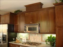 kitchen color ideas for small kitchens kitchen paint colors for small kitchens with oak cabinets