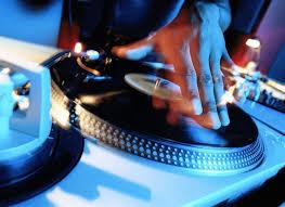 dj table for beginners dj essential equipment for beginners dj music