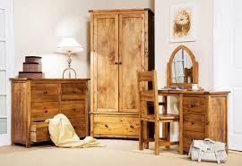Custom Wood Bedroom Furniture IzFurniture - Custom bedroom furniture sets