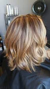 caramel lowlights in blonde hair hair color trends 2017 2018 highlights blonde lob with
