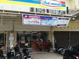 tak miliki izin operasional 2 toko indomaret di kar resmi ditutup