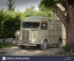 old citroen old citroen van in a courtyard france provence stock photo