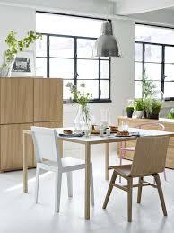 cuisine hetre clair cuisine le bois s invite dans la cuisine dans la déco ou l