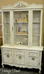 Curio Cabinet Makeover by Best 25 China Cabinet Makeovers Ideas On Pinterest Painted