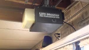 Craftsman Garage Door Openers by Liftmaster 1045 6 On The Relante Youtube