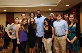 Collins Tuohy The Blind Side File Michael Oher U0026 Collins Tuohy 5609781531 Jpg Wikimedia Commons
