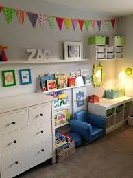 Ideas To Decorate Kids Room by Best 25 Toddler Room Decor Ideas On Pinterest Toddler Closet