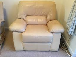 reclining chair electric powered yellow leather very comfy