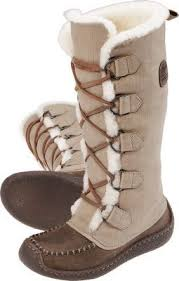 nike winter boots womens canada 164 best boots images on shoes winter boots and