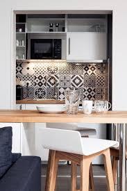 cuisine fonctionnelle petit espace appartement tours 32 m2 scandinaves refaits à neuf