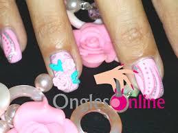 dessin sur ongle en gel moule nail art fleurs et feuilles en 3d facile avec gel uv et