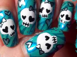 halloween nailart ideas that are better than your costume nail